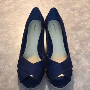 New Liz Claiborne Navy Blue Wedges - 7.5